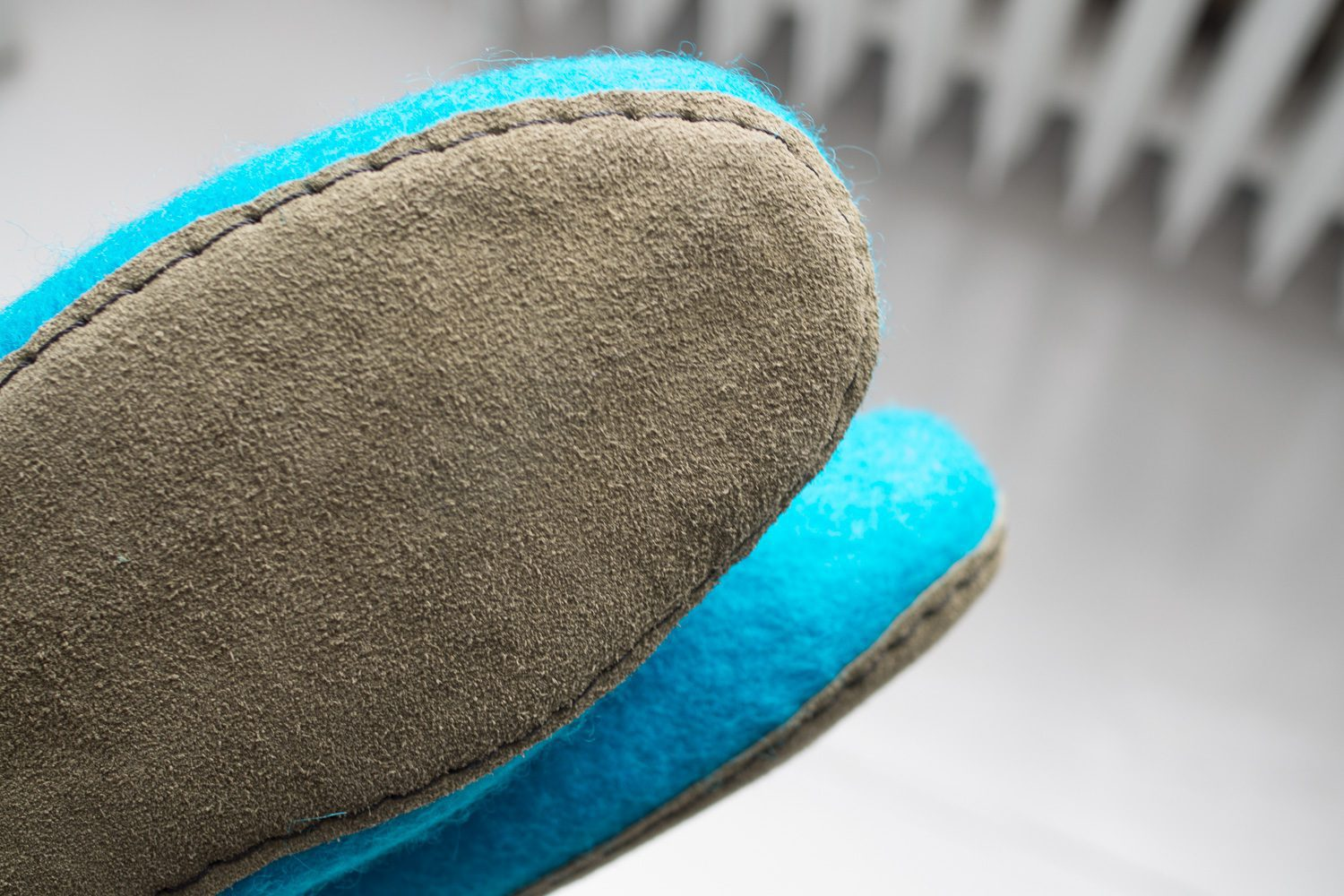 Felt Slippers with sole